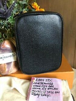 CHANEL CC COSMETIC VANITY BLACK CAVIAR LEATHER Handbag Tote Top Handle AUTH CARD