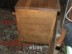 Vintage 1930s Oak Chest of Drawers, Original handles v good condition Solid top